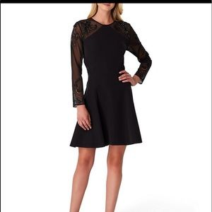 TAHARI DRESS NWT